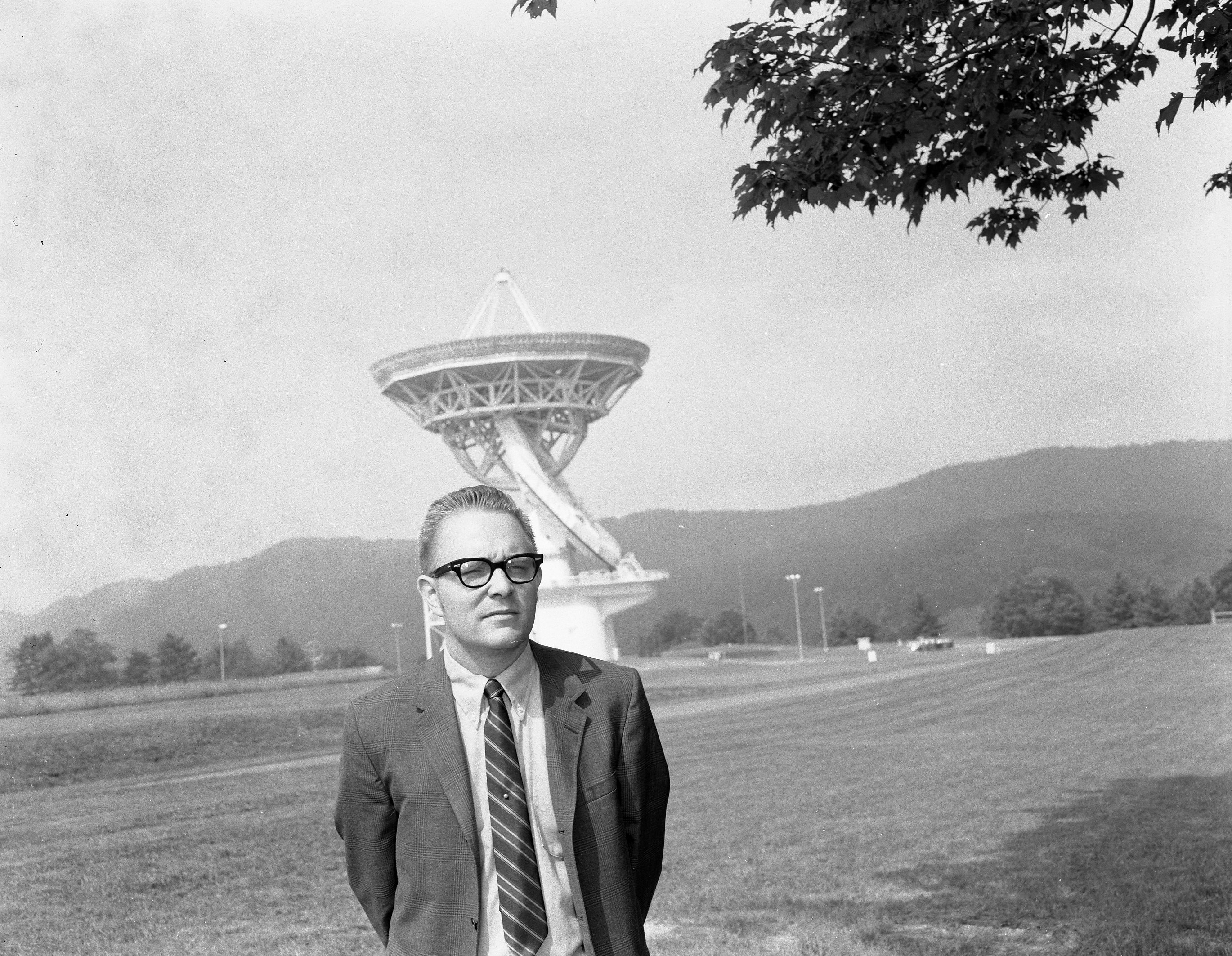 Lew Snyder in front of 140 Foot Telescope