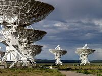 Very Large Array Antennas, July 2004
