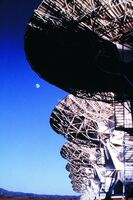 Very Large Array & Moon 02